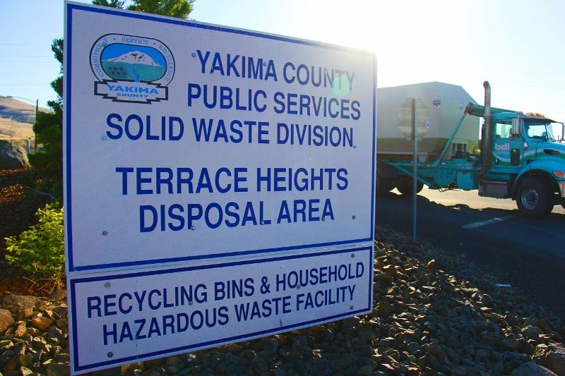 landfill entrance sign (800x533)