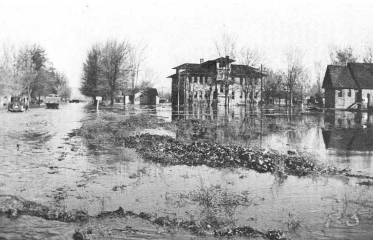 1933 Flood - Toppenish