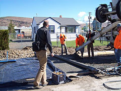 Pouring the porous concrete pavement